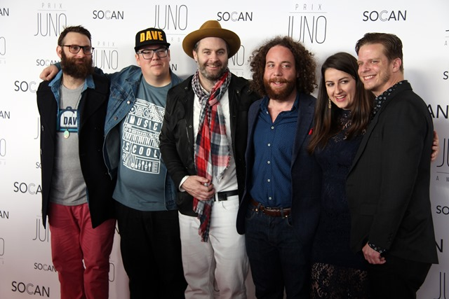 "The Strumbellas, who won single of the year for the band's hit song ""Spirits"",  on the red carpet at the JUNO Gala Dinner and Awards held at the Shaw Centre on Saturday, April 1, 2017. (Photo by Caroline Phillips)"
