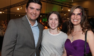 Konrad Kucheran,  founder and CEO of Minogin Financial, with Nicole Belanger and Wabano Centre employee Erin MacDonald at the Igniting the Spirit Gala, held at the Ottawa Conference and Event Centre on Wednesday, June 21, 2017. (Photo by Caroline Phillips)