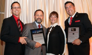 John Ouellette (far left) and Linda Eagen from Ottawa Regional Cancer Foundation presented recognition awards to Paul Chiarelli, president of Wesley Clover, and to Nyle Kelly (far right), general manager of the Brookstreet Hotel,  at the 15th annual Lumière Gala held at the Brookstreet Hotel on Thursday, September 14, 2017. Photo by Caroline Phillips