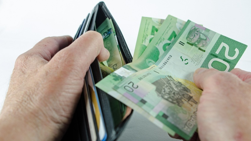 Inflation report helps boost Canadian dollar